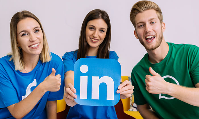 business owners using linkedin for social networking
